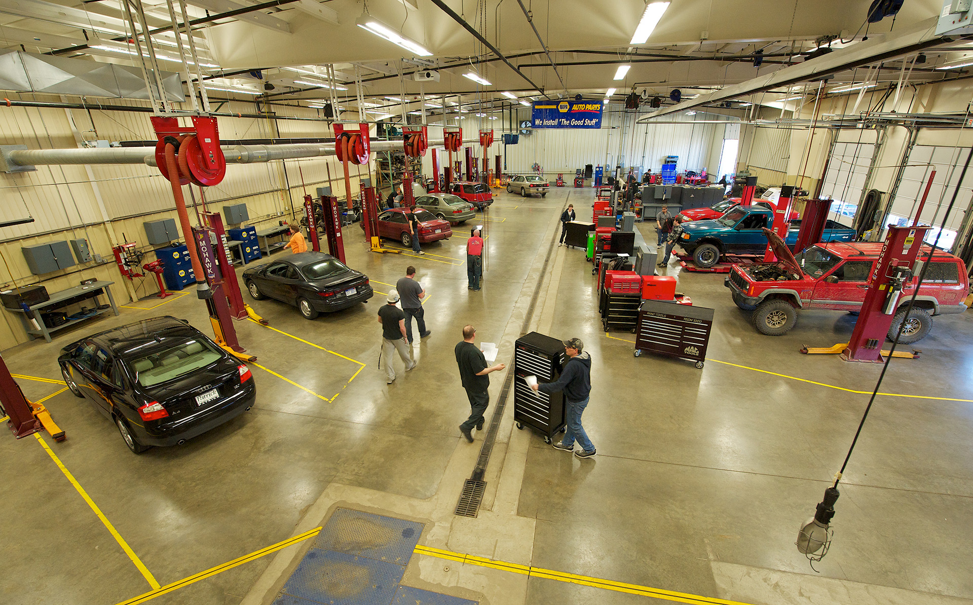 Students in the SMC Automotive Lab